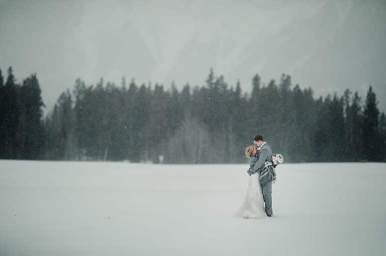 Winter-Wedding-in-Canmore