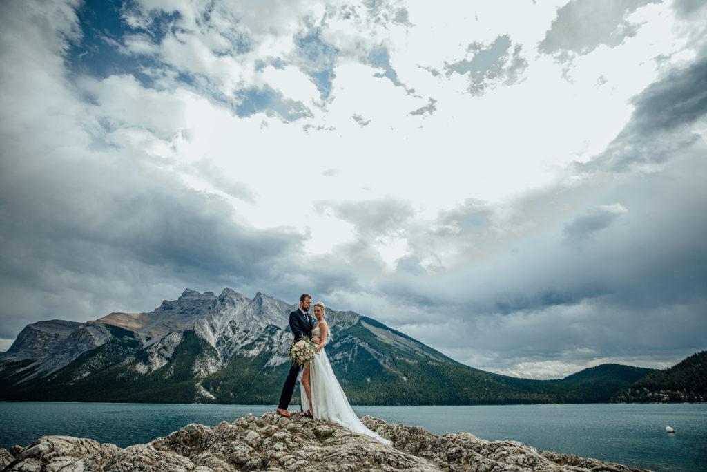 Lake-Minnewanka-wedding-1